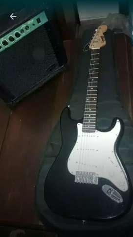 Guitarra Electrica Leonard con Almpli 26w impecable