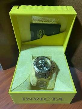 Reloj INVICTA ORIGINAL DORADO