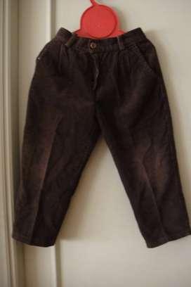 Pantalón corderoy pinzado con elástico