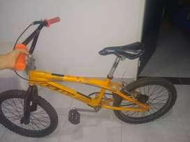 Se vende cicla