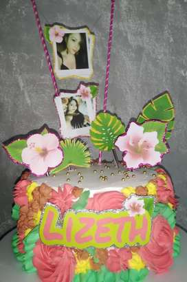 Tortas personalizadas +12 Cupcakes