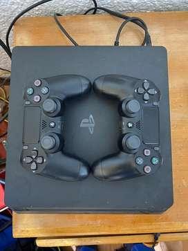 Playstation4 , 1tb , 2 controles, 5 juegos