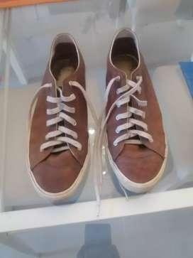 Zapatos lacoste , cuero talle 44,5 eur, usa 11 .