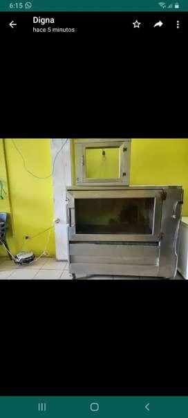 Se vende un horno de pollo y una parrilla de asados