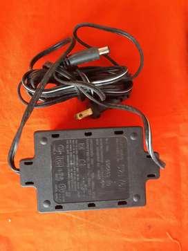 Adaptador convertidor de voltaje cargador fuente de poder 30 v conector DC