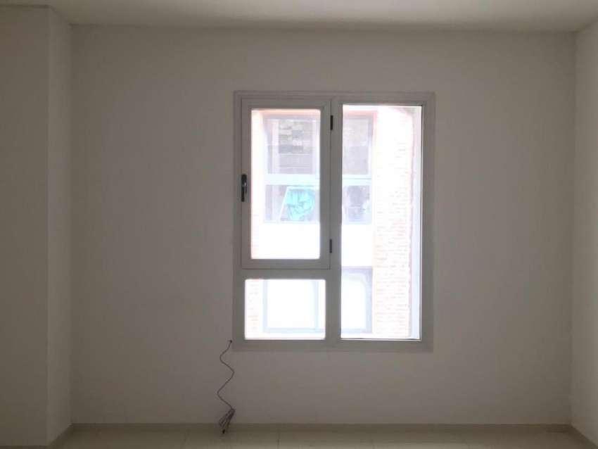 Alquilo oficina en Ciudad Ribera, seguridad las 24 hs., ubicada en un 2do. Piso. 0