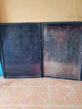 Ventana de vidrio con su Reja pecho Paloma