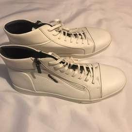 Nuevos zapatos Calvin Klein originales talla 42.5 $130