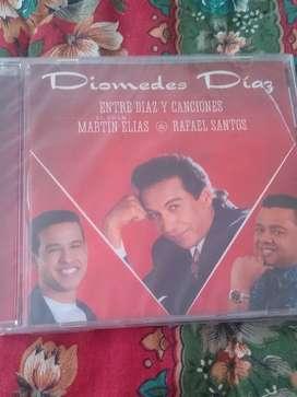 Cd de Diomedes diaz entre Díaz y canciones original y nuevo