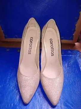 Zapatillas de tacón cerradas Marca: Carottas