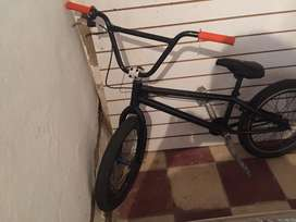 Bicicleta bmx gm