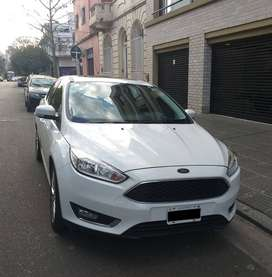FORD FOCUS III SE PLUS 2.0L N MT SEDAN 4P– Modelo 2015