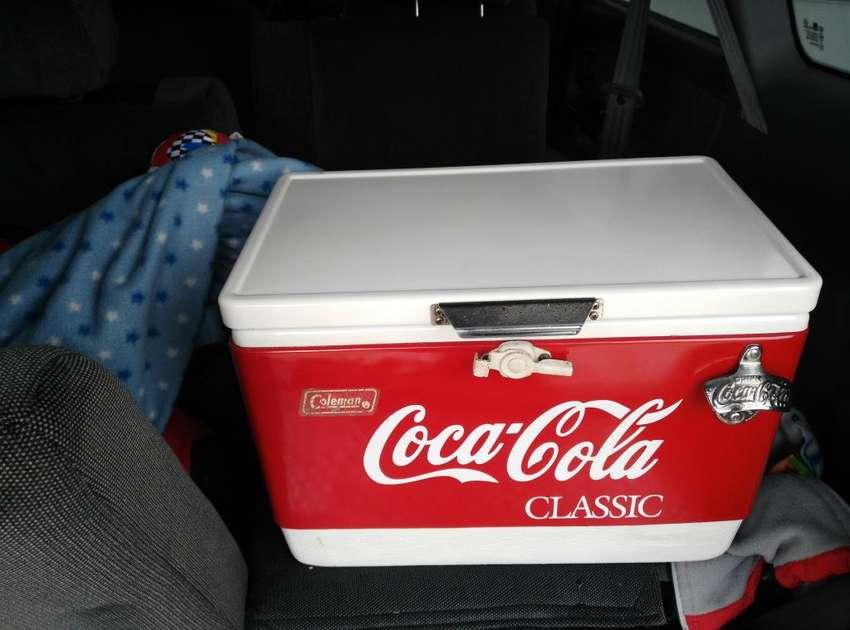 Nevera Vintage Marca Coleman de Cocacola