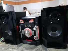 Equipo de sonido panasonic SA-AK580 precio negociable