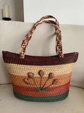 Bolso artesanal colombiano