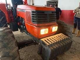 Se Vende tractor Kubota 9000 con 95 caballos de fuerza