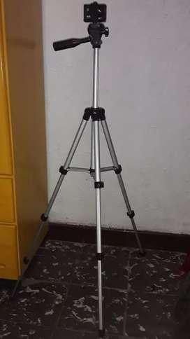 Trípode para video y fotografía.