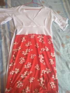 Vestido nuevo colo rojo y blanco hermoso
