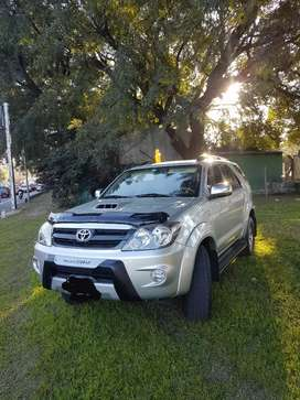 Vendo Toyota Hilux sw4 año 2008