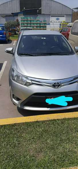 Toyota Yaris fabr 2017. Mecánico, 26000km, full equipo,  uso particular.