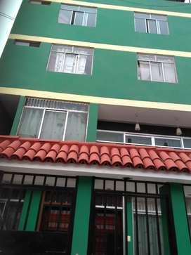 Alquilo mini-departamento en La Victoria.