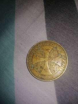 Vendo una moneda de colección antigua
