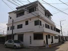 Gran oportunidad casa esquinera con dos locales y varios apartamentos para arrendar