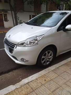 Vendo o permuto Peugeot 208