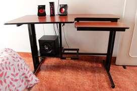 escritorio excelente estado