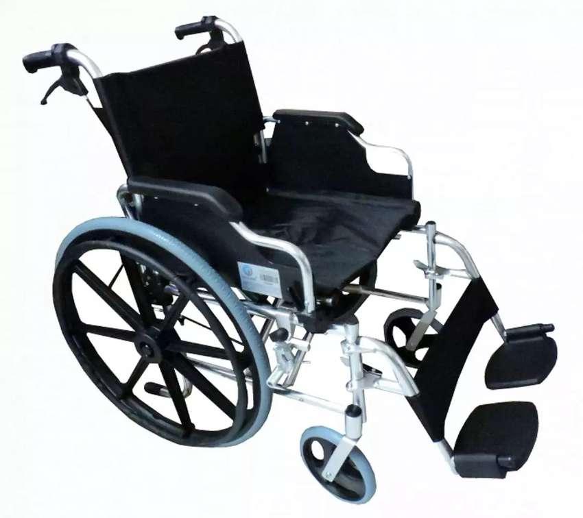 Alquiler de sillas de ruedas 0
