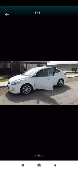 Vendo mi engreído Hyundai