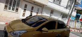 Se vende taxi en tulua