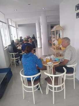 Se alquila local en Paracas para cualquier tipo de negocio.