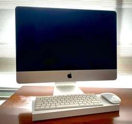 iMac 21,5 modelo 2015 en perfectas condiciones, como NUEVO!, tiene disco duro nuevo de estado SOLIDO