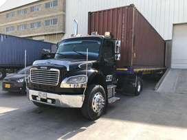 Minimula freightliner M2 106
