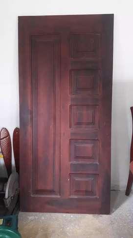 Puerta de laurel