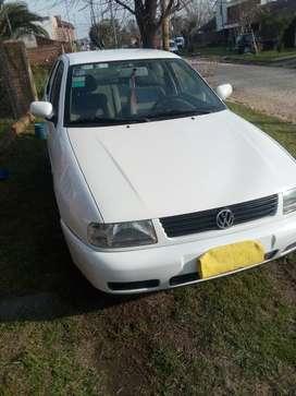 Vendo VW polo titular al dia