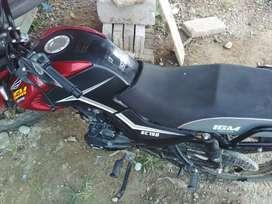 Se vende moto IGM 150 8 meses de uso como nueva.