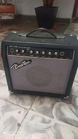 Amplificador marca Boston de guitarra electrica de 15 w