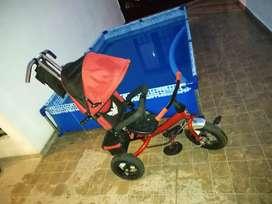 Triciclo/coche desmontable
