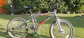 BICICLETA TIPO BMX RODADO 20
