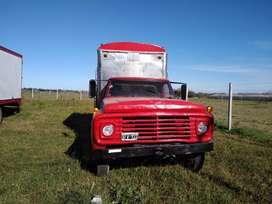 Vendo camión Ford con motor Mercedes