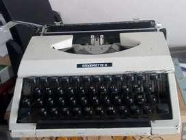 Máquina de escribir antigua silver silverrtte 2 años 70