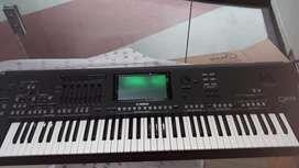 Teclado Yamaha GENOS