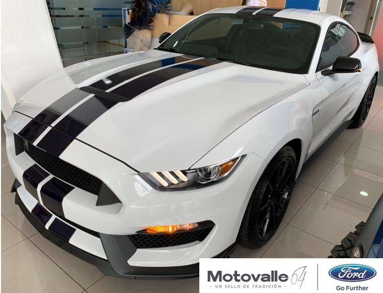Ford Shelby GT350 0