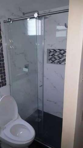 Técnico en aluminiero ventaneria divisiones de baño vidrio templado acrílico angeos puertas electronicas puertas pricipa