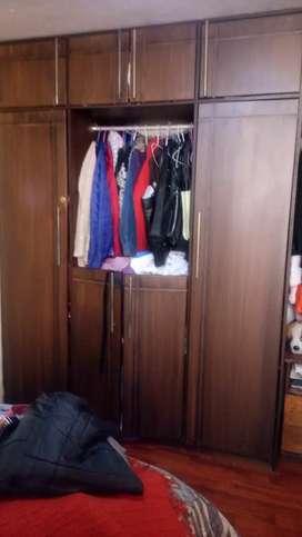 Closeth grande