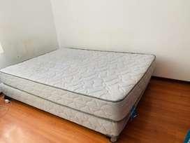 Combo cama 2plazas + ropero + mesa de noche