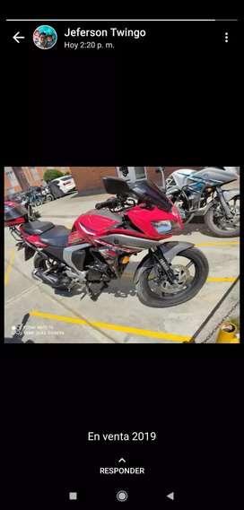 Linda moto Yamaha Frazer