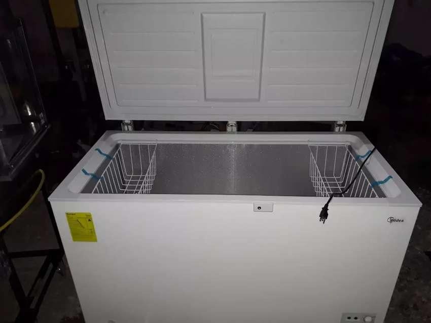 Congelador horizontal marca MIDEA(precio negociable). 0